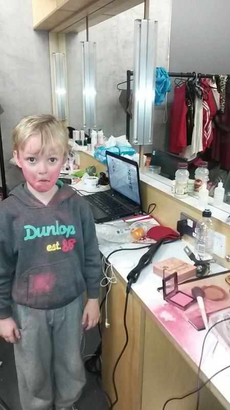 Tóbín in dressing room in the MAC